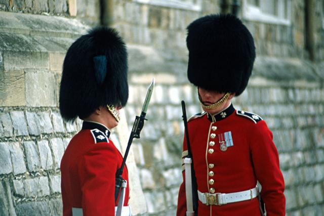 windsorcastleguards900.jpg